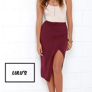 · Burgudy Midi Skirt ·